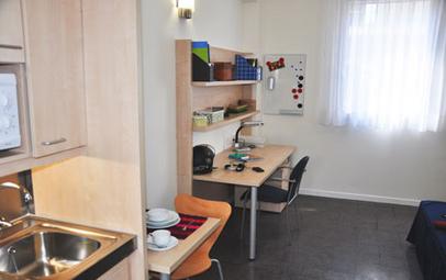 Estudio-individual-alojamientos-Resa-Castelldefels_residencia_medium.jpg