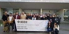 Visita de estudiantes del grado de Electrical and Electronics Engineers department de la American University of Sharjah, de Arabia Saudí